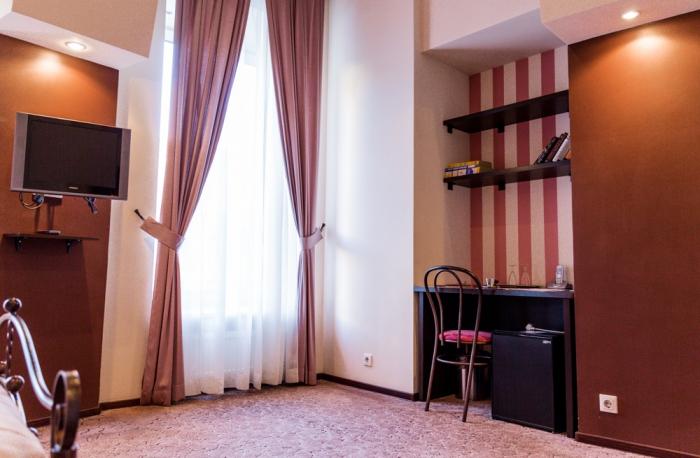 Мини-отель «Премьера», Невский проспект 53, метро Маяковская.