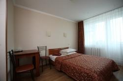 Отель «Островок», Бухарестская улица, 130, метро Дунайская.